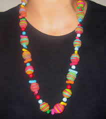 collier fimo multicolore