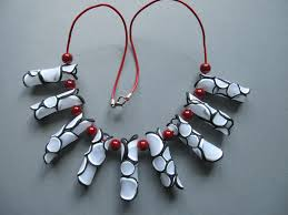 collier fimo rouge