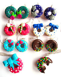 collier pate fimo donuts
