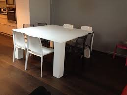 table carree 8 personnes fly
